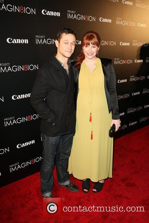 Joseph Gordon-Levitt, Bryce Dallas Howard