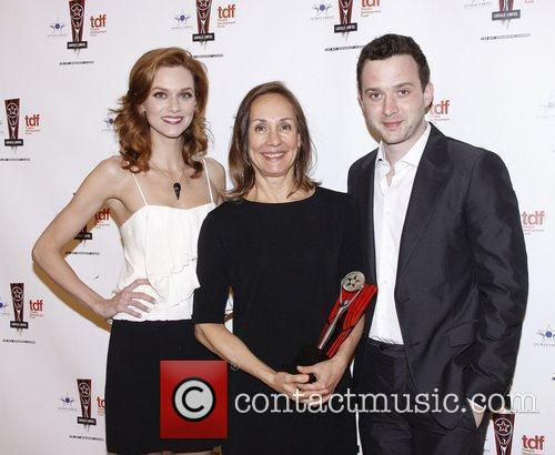 Hilarie Burton, Eddie Kaye Thomas and Laurie Metcalf 4