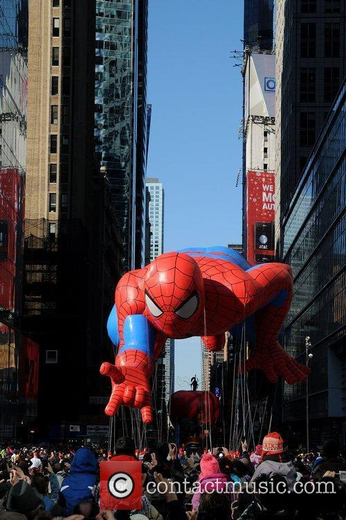 Spider Man and Macy's 4