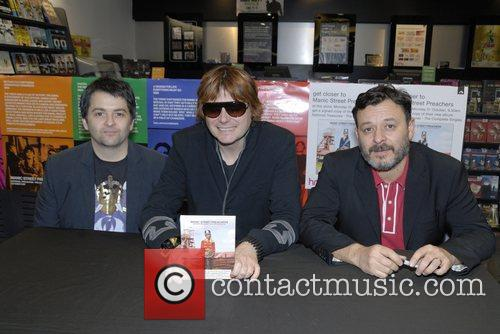 Nicky Wire and James Dean Bradfield 2