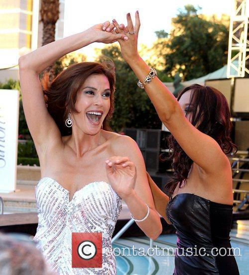 Teri Hatcher and Cheryl Burke 6