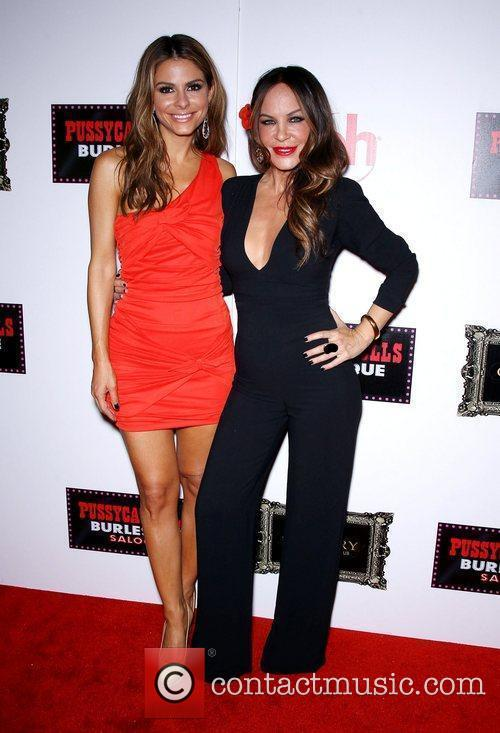 Maria Menounos, Robin Antin and Planet Hollywood 10