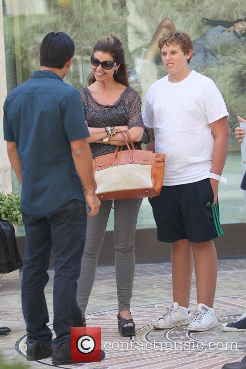 Mario Lopez and Maria Shriver 6