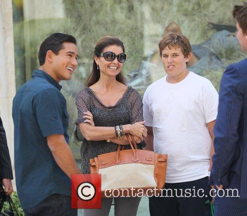 Mario Lopez and Maria Shriver 4