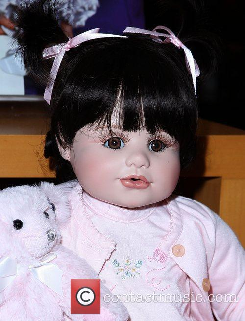 marie osmond marie osmond doll signing at 3582920