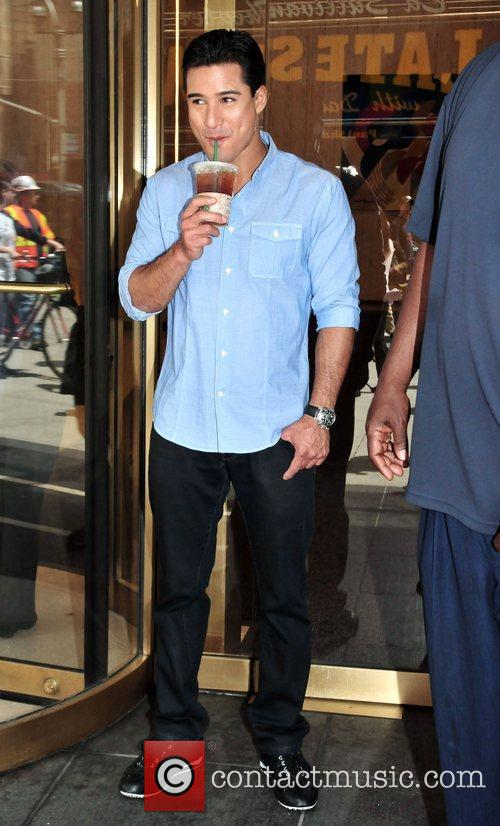 Mario Lopez films for 'Extra' in midtown New...