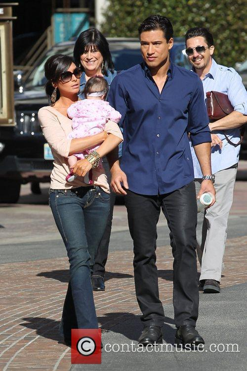 Courtney Mazza and Mario Lopez with daughter Gia...