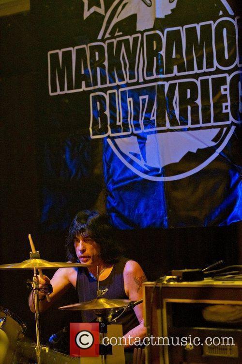 Ramones 14