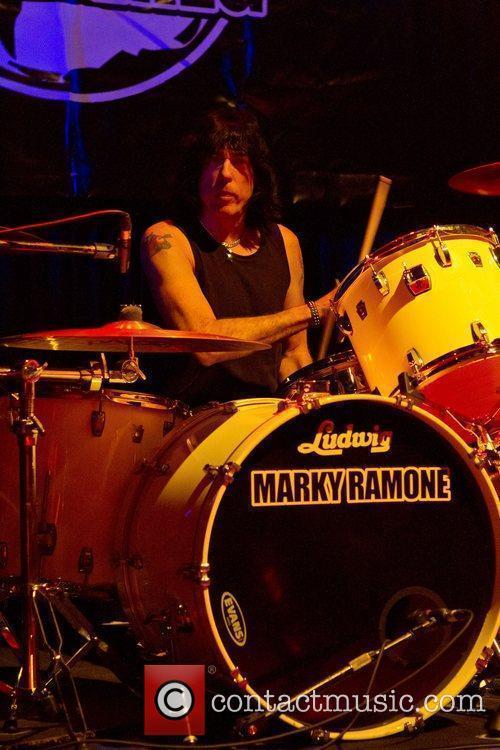 Ramones 31
