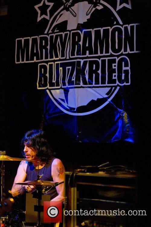 Ramones 21