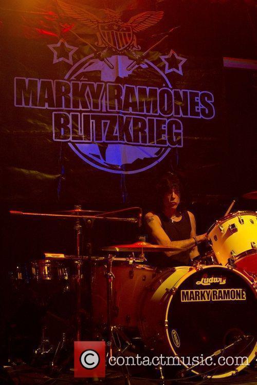 Ramones 41
