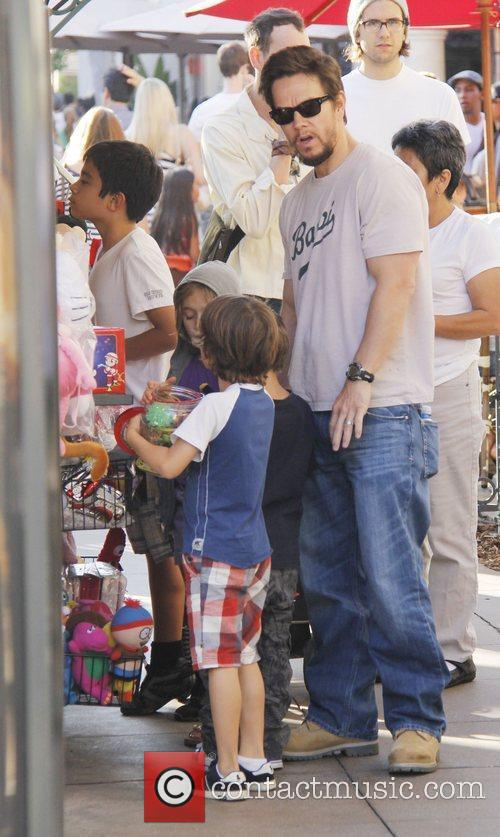 Out shopping at The Grove with his children...