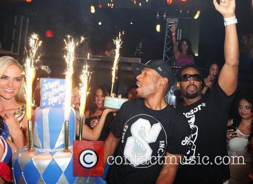 Marlon Wayans and Shawn Wayans 8