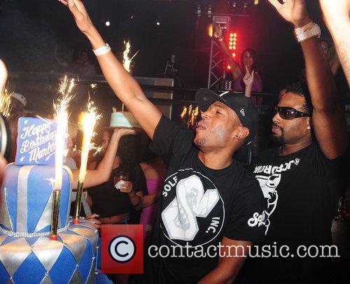 Marlon Wayans and Shawn Wayans 7