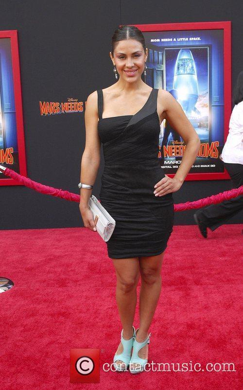 Carla Ortiz, 4