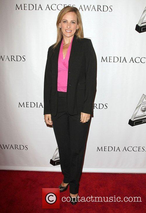 Marlee Matlin and Beverly Hilton Hotel 1