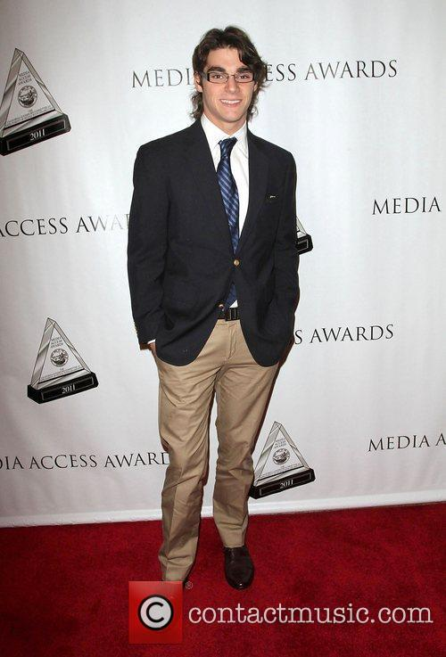 Rj Mitte, and Beverly Hilton Hotel 2