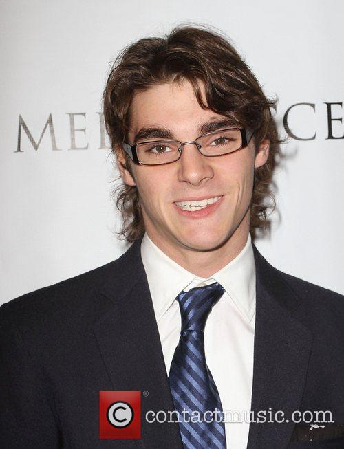 Rj Mitte, and Beverly Hilton Hotel 1