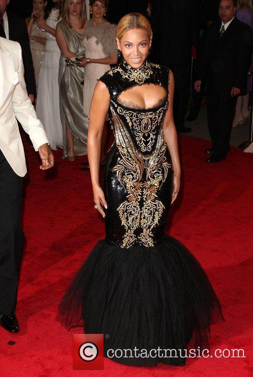 Alexander McQueen: Savage Beauty' Costume Institute Gala at...