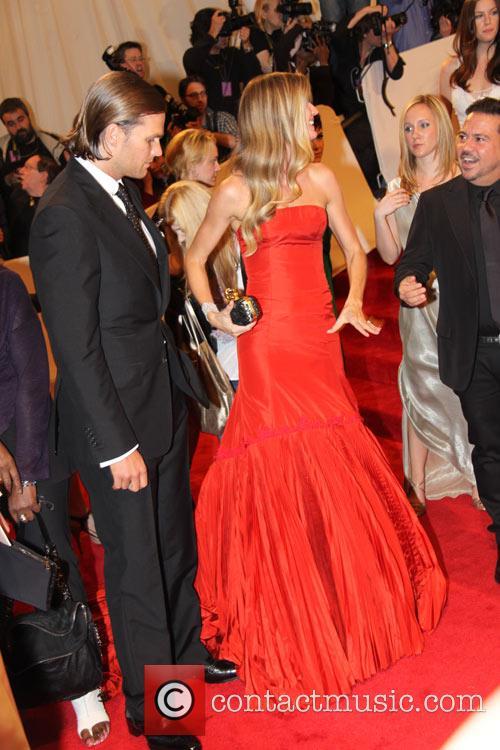 Tom Brady and Gisele Bundchen 4