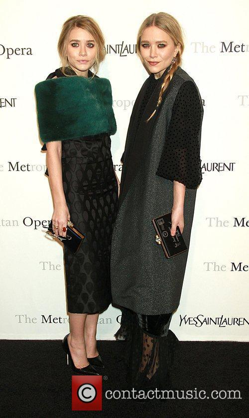 Ashley Olsen and Mary-kate Olsen 7
