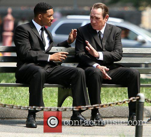 Will Smith and Tommy Lee Jones 6