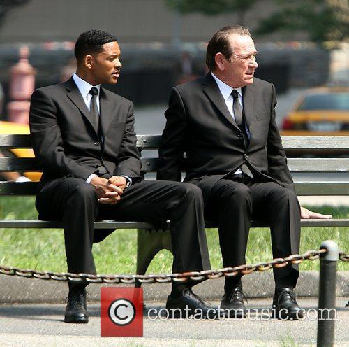 Will Smith and Tommy Lee Jones 9
