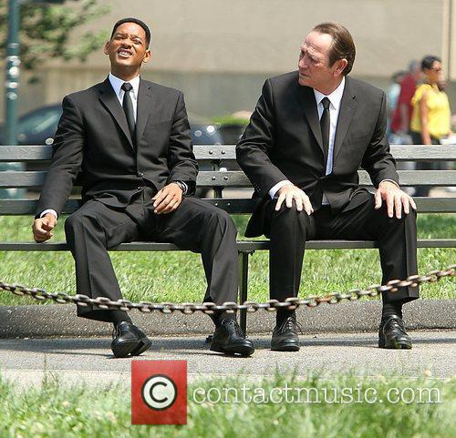 Will Smith and Tommy Lee Jones 8