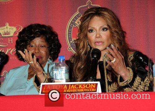 Katherine Jackson and La Toya Jackson 11