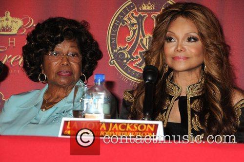 Katherine Jackson and La Toya Jackson 10