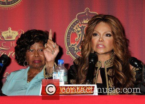 Katherine Jackson and La Toya Jackson 3