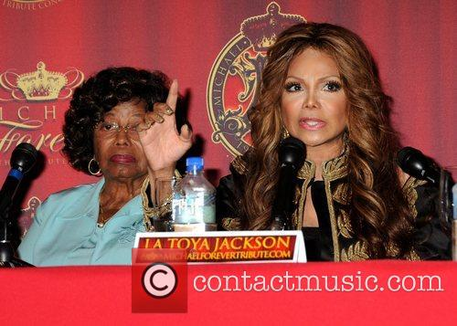 Katherine Jackson and La Toya Jackson 5