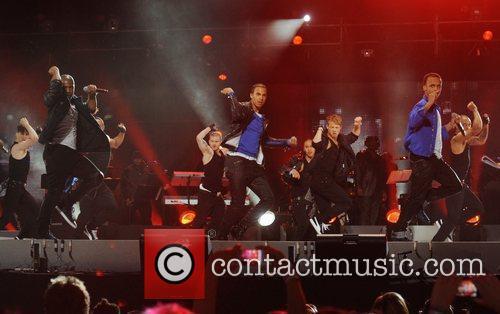 JLS Michael Forever: Michael Jackson Tribute Concert held...
