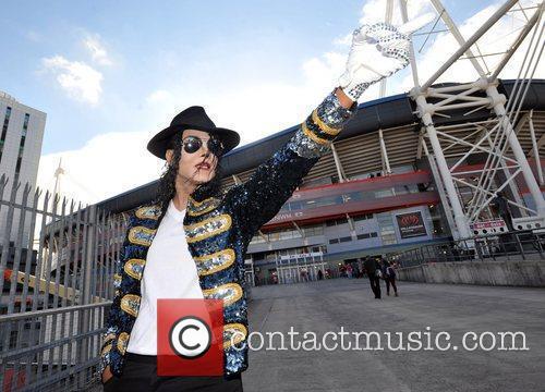 Atmosphere Michael Forever: Michael Jackson Tribute Concert held...