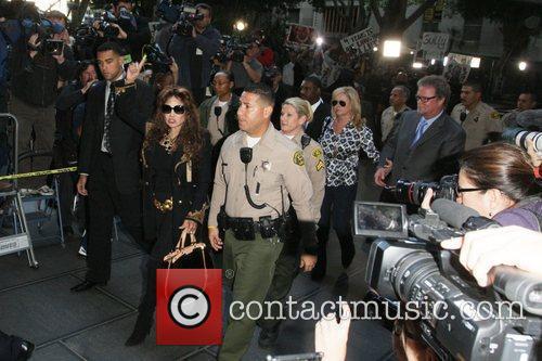 La Toya Jackson, Kathy Hilton and Rick Hilton 1
