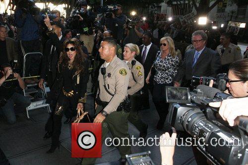 La Toya Jackson, Kathy Hilton and Rick Hilton 4