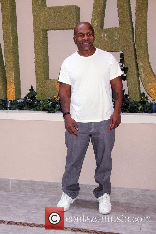 Mike Tyson 14