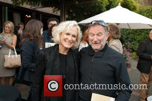 Glenn Close and Robin Williams 7