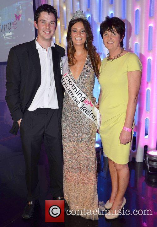Aoife Hannon (19, Limerick) is crowned Miss Universe...