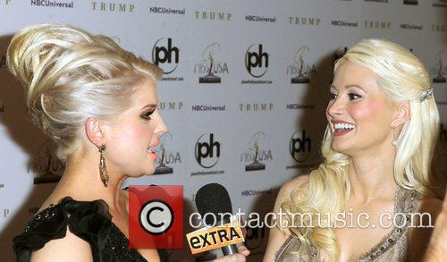 Kelly Osbourne, Holly Madison 2011 Miss USA Pageant...
