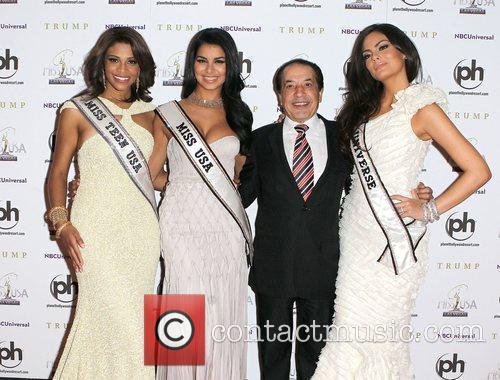 Kamie Crawford, Rima Fakih, Farouk, Ximena Navarrete 2011...