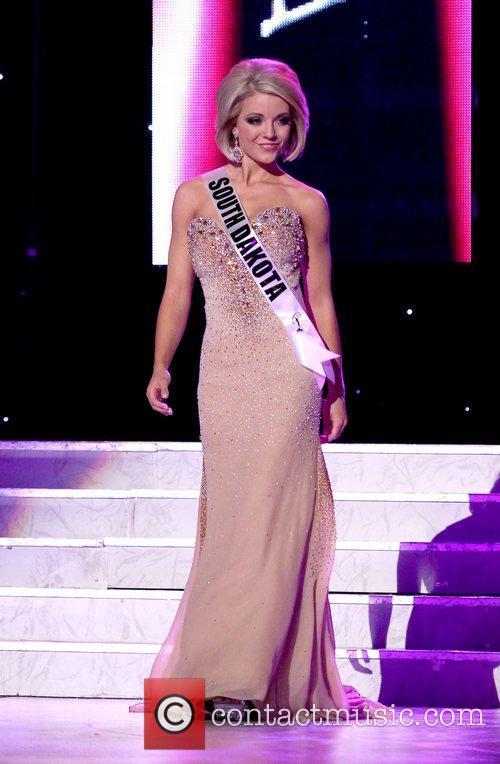 Miss South Dakota USA Chandra Burnham  2011...