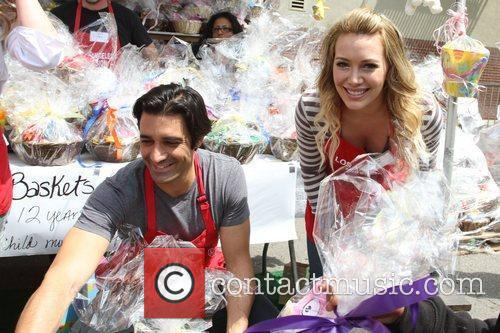 Gilles Marini, Hilary Duff Los Angeles Mission Easter...