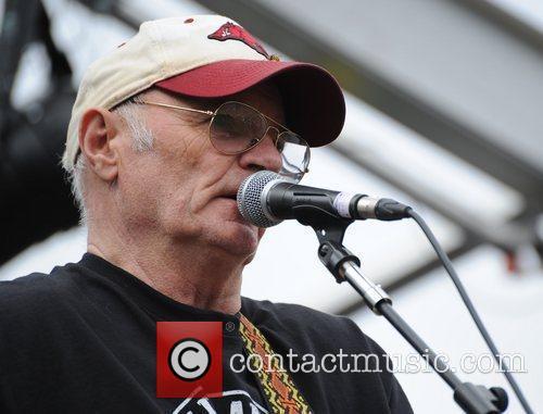 Michael Chapman Moseley Folk Festival in Moseley -...