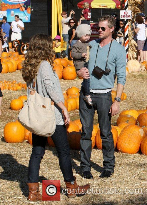 eric dane and rebecca gayheart with daughter 3561400