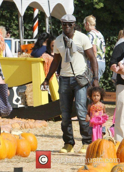 seal and daughter lou samuel celebrities spend 3559531