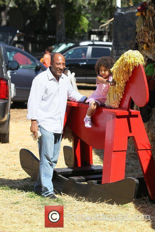 Byron Allen and daughter Chloe Ava  Celebrities...