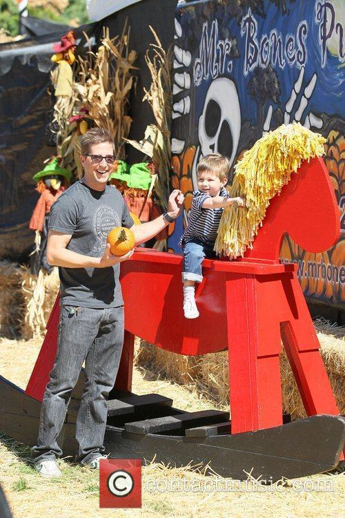 Spike Feresten with his son Celebrities attend the...