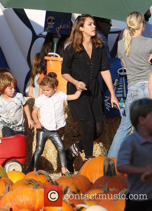 jessica alba with daughter honor at mr 3562646