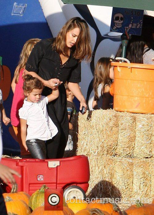 jessica alba with daughter honor at mr 3562650